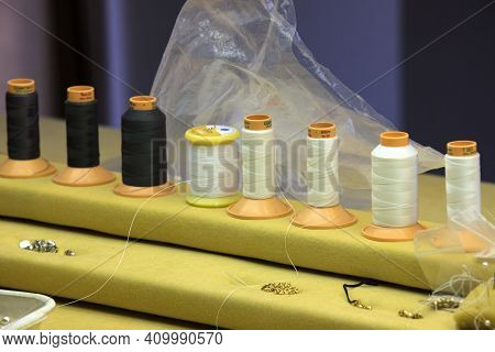 Manacor ( Mallorca ), Spain - August 10, 2016: A Wire Necklace In A Factory Shop In Manacor Where Ar