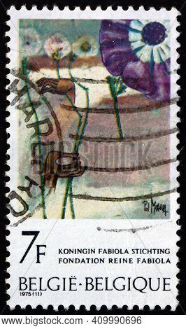 Belgium - Circa 1975: A Stamp Printed In Belgium Shows Metamorphose, Painting By Pol Mara, Queen Fab