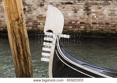 Gondola's Prow