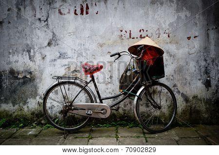 Bicycle & daily life Hanoi