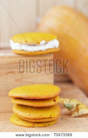 Pumpkin Whoopie Cookie