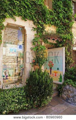 Art Galleries In Saint Paul De Vence
