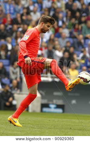 BARCELONA - APRIL, 25: Gerard Pique of FC Barcelona during a Spanish League match against RCD Espanyol at the Power8 stadium on April 25, 2015 in Barcelona, Spain