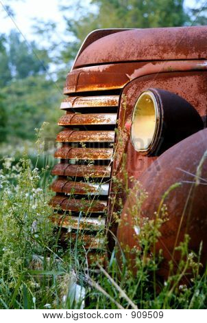 Old Rust Bucket