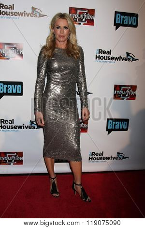 LOS ANGELES - DEC 3: Kathryn Edwards at The Real Housewives of Beverly Hills Premiere Red Carpet 2015 at the W Hotel Hollywood on December 3, 2015 in Los Angeles, CA
