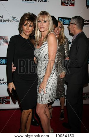 LOS ANGELES - DEC 3:  Lisa Rinna, Eileen Davidson at The Real Housewives of Beverly Hills Premiere Red Carpet 2015 at the W Hotel Hollywood on December 3, 2015 in Los Angeles, CA