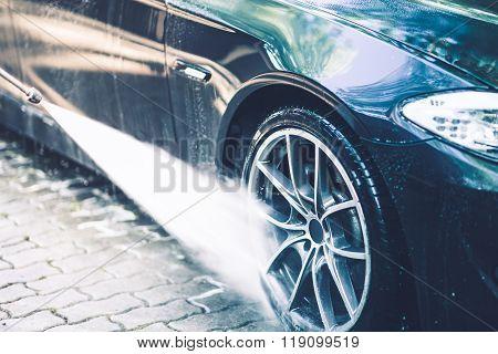 Car Alloy Wheels Washing