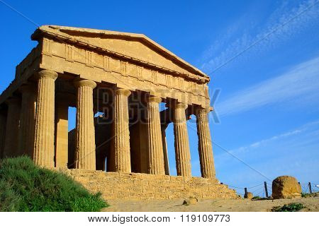 famous temple of Agrigento