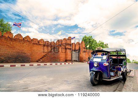 Tuk tuk for passenger cars. To go sightseeing in Chiang Mai