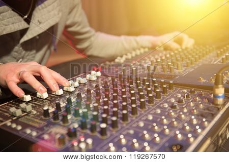 Professional Audio Mixing Console