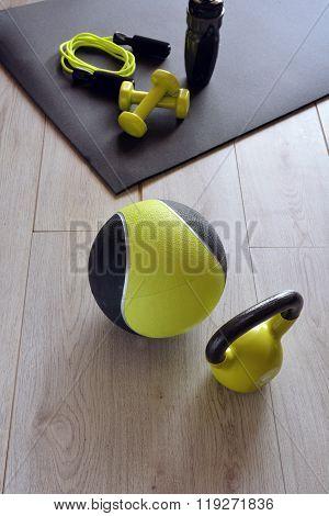 Ketlebell With Medicine Ball