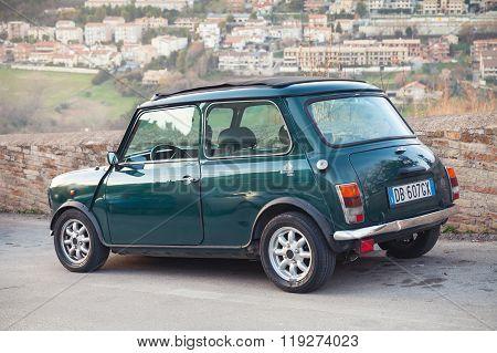 Austin Mini Cooper Mk Iii Rear View