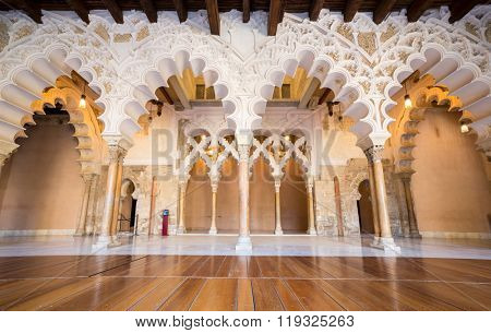 ZARAGOZA, SPAIN - JUNE 8, 2014: The corridor of medieval islamic palace of the Alfajeria, built during the 11th century, on April 21, 2011 in Zaragoza, Spain.