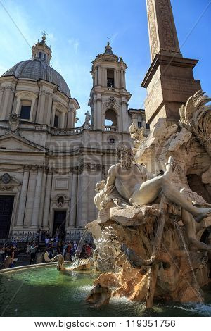 Detailed Piazza Navona View