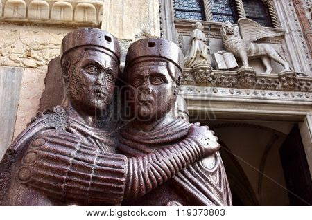 Tetrarchs With Venice Winged Lion In Saint Mark Square