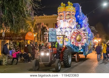 New Orleans, La/usa - Circa February 2016: The Creator, Brahma, In Parade During Mardi Gras In New O