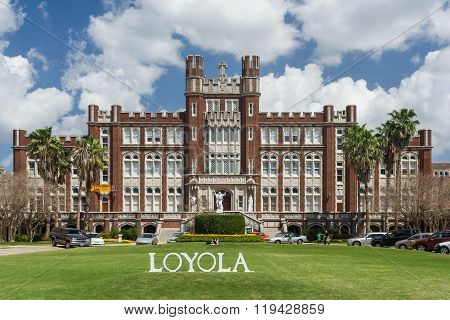 New Orleans, La/usa - Circa March 2009: Main Building And Entrance To Loyola University In New Orlea