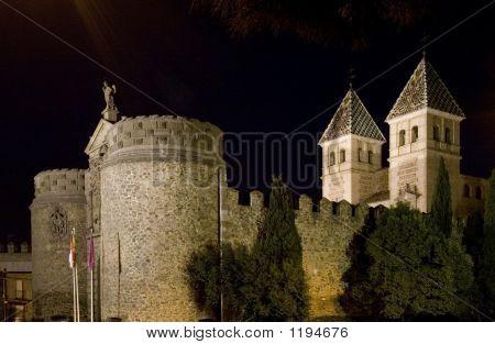 Puerta De Bisagra At Night