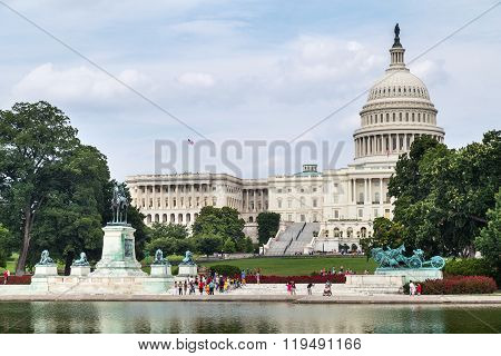 Washington, Dc/usa - Circa July 2015: Capitol Reflecting Pool, Ulysses S. Grant Memorial, And Capito