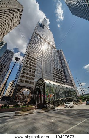 Chicago, Il/usa - Circa July 2015: Willis Tower Also Known As Sears Tower In Downtown Chicago,  Illi