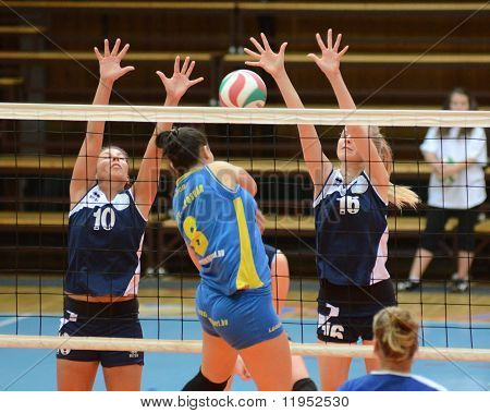 Kaposvar - Ujbuda volleyball game