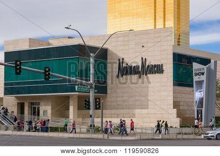 Neiman Marcus Exterior At Fashion Show Mall Las Vegas