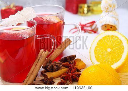 Hot Christmas Tea With Lemon