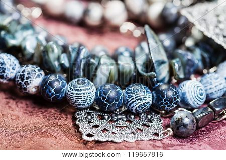 Dragon Veins Agate, Shell And Hematite Beads