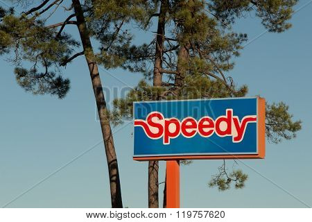 Pessac, France - February 10, 2016: Logo Of The Speedy Brand In Pessac, France. Speedy Is A Company