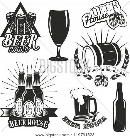 Vector set of brewing labels in vintage style. Pub and craft beer logo.