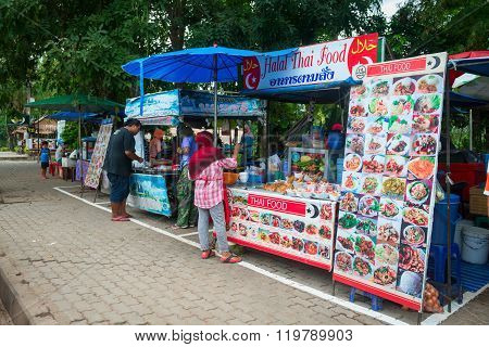 Stalls With Halal Muslim Thai Food
