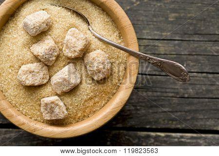 unrefined cane sugar in a bowl