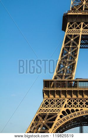 Eiffel Tower Edge