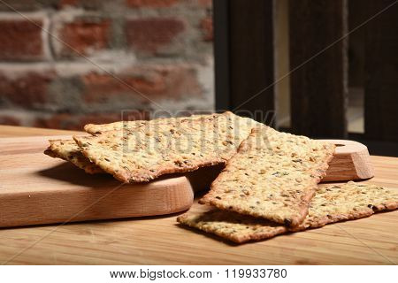 Gourmet Whole Wheat Crackers