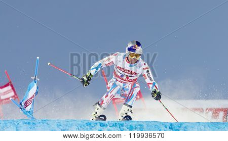 Alexander Khoroshilov Skiing At A Slalom Event