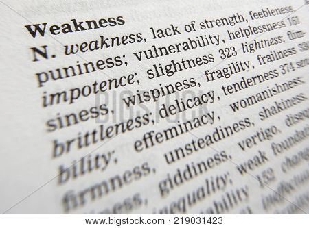 CLECKHEATON, WEST YORKSHIRE, UK: THESAURAS PAGE SHOWING DEFINITION OF WORD WEAKNESS, 30TH MARCH 2005, CLECKHEATON, WEST YORKSHIRE, UK