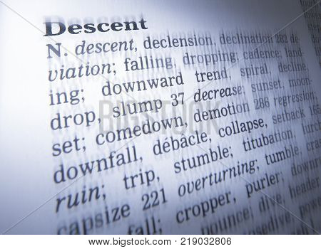 Cleckheaton, West Yorkshire, Uk: Thesaurus Page Showing Definition Of Word Descent, 30th March 2005,