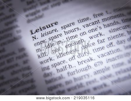 CLECKHEATON, WEST YORKSHIRE, UK: THESAURUS PAGE SHOWING DEFINITION OF WORD LEISURE, 30TH MARCH 2005, CLECKHEATON, WEST YORKSHIRE, UK