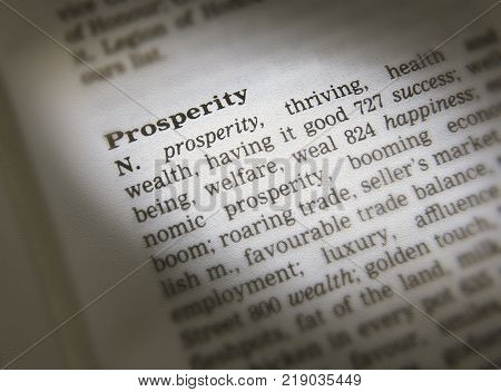 CLECKHEATON, WEST YORKSHIRE, UK: THESAURUS PAGE SHOWING DEFINITION OF WORD PROSPERITY, 30TH MARCH 2005, CLECKHEATON, WEST YORKSHIRE, UK