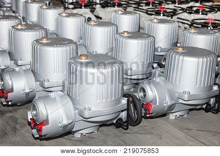 electro actuators ready to dispatch on europalette
