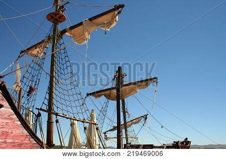 Sailing ship / Ragged sails on a pirate ship