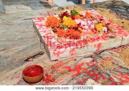 Hinduism Flower Offering Jagdish Temple Udaipur India
