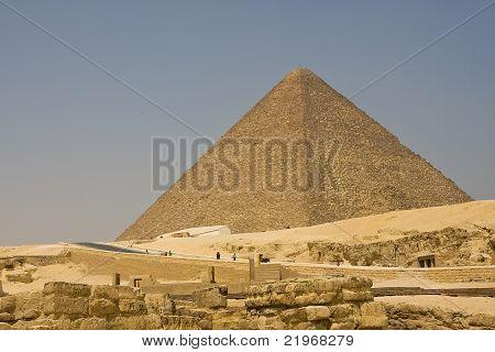 Pyramid of Khufu in Giza, Egypt