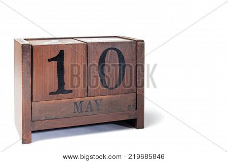 Wooden Perpetual Calendar set to May 10th