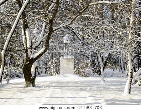 Monument of unknown soldier. Monument to the soldier in the winter