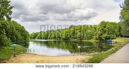 Vtoroe lake on the Schelokovsky khutor in a summer day. Nizhny Novgorod, Russia.