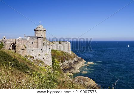 Fort la Latte is located on a peninsula and the only access to the fort is via the drawbridge.