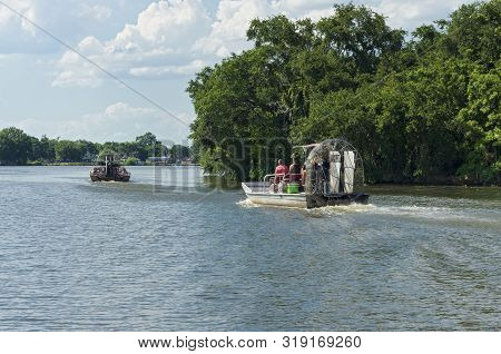 New Orleans, La/usa -june 13, 2019: Airboat Tours Begin Their Journey Toward Swamps And Bayou Of Mis
