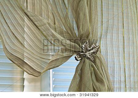 Clip Curtain