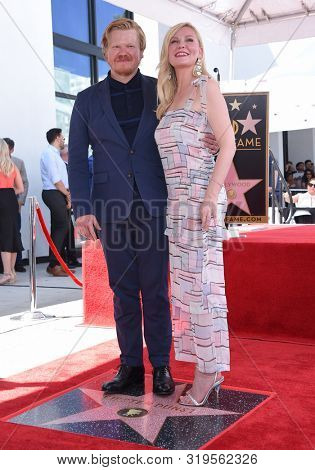 LOS ANGELES - AUG 29:  Jesse Plemons and Kirsten Dunst arrives for the Kirsten Dunst Walk of Fame Ceremony on August 29, 2019 in Hollywood, CA
